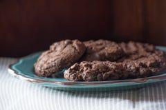 Chocolate caseiro, cookies da microplaqueta do choc fotos de stock