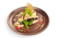 Chocolate cheesecake with caramel  crust Royalty Free Stock Photography