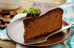 Chocolate cheesecake with chocolate glaze Royalty Free Stock Photography