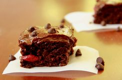 Chocolate Cherry Bars Fotos de archivo