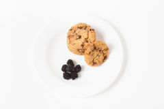 Chocolate chip cookie  and blackberry Stock Images