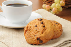 Chocolate chip cookies and coffee Royalty Free Stock Photography