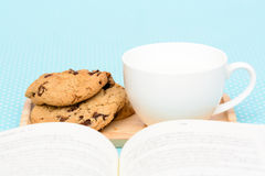 Chocolate chip cookies tea  time Royalty Free Stock Photos
