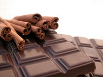Chocolate and cinnamon Royalty Free Stock Photos