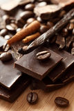 Chocolate. Coffee beans, vanilla and cinnamon sticks. Close-up Royalty Free Stock Images