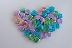 Chocolate colorido del corazón Forma del corazón Fotos de archivo