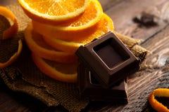 Chocolate con la naranja Imágenes de archivo libres de regalías