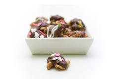 Chocolate con las tuercas Fotos de archivo