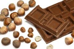 Chocolate con leche con las avellanas Imagen de archivo libre de regalías