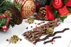 Chocolate con leche de Frech en la decoración del Año Nuevo Fotos de archivo