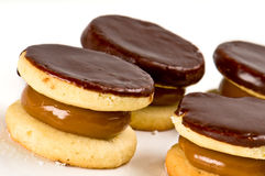 Chocolate cookies and caramel Royalty Free Stock Photos