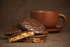 Chocolate cookies and coffee Royalty Free Stock Images