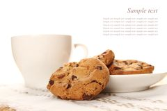 Chocolate cookies and a cup of coffee Royalty Free Stock Images