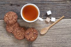 Chocolate cookies and tea Royalty Free Stock Image