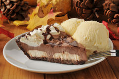 Chocolate cream pie Stock Images