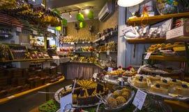 Chocolate de doces da exposição da casa da cookie Imagem de Stock