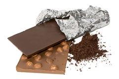 Chocolate de las losas y chocolate rallado aislado Fotos de archivo