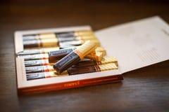 Chocolate de Merci - tipo de doces de chocolate fabricado pela empresa alemão August Storck, vendido em mais de 70 países fotografia de stock