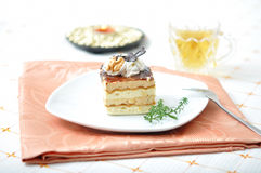 Chocolate dessert with tea and napkin Royalty Free Stock Photos