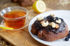 Chocolate donut and lemon tea Royalty Free Stock Images