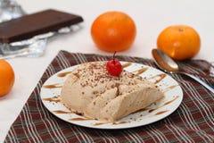 Chocolate e gelado alaranjado do semifredo Imagens de Stock Royalty Free