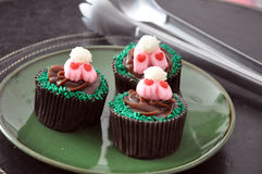 Chocolate Easter cupcakes Royalty Free Stock Images