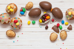 Chocolate Easter Eggs and Cupcake Royalty Free Stock Photos