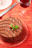 Chocolate glazed cake Royalty Free Stock Images
