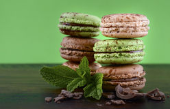 Chocolate and mint flavor macaroons Royalty Free Stock Photography