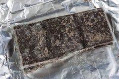Chocolate mohoso en el empaquetado original Produc anticuado de la comida imagen de archivo