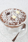 Chocolate mousse in a glass sundae dish with chocolate hearts de Stock Photo
