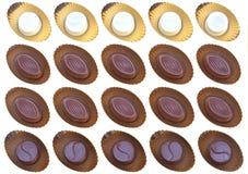 Chocolate preto e branco sortido em uma caixa Imagens de Stock