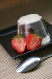 Chocolate pudding. With strawberries Royalty Free Stock Photos