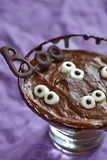 Chocolate pudding with marshmallow for Halloween Royalty Free Stock Photography