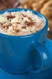 Chocolate quente com creme Imagens de Stock Royalty Free