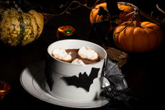 Chocolate quente para Dia das Bruxas Imagem de Stock