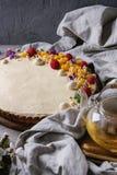 Chocolate tart with mango and raspberries Stock Photography
