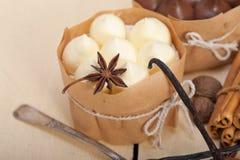 Chocolate vanilla and spices cream cake dessert Stock Images
