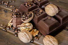 Chocolate and walnuts Royalty Free Stock Photography