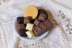 Chocolate y galletas Foto de archivo libre de regalías