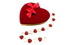 Chocolates de la tarjeta del día de San Valentín fotografía de archivo