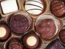 Chocolates de las tarjetas del día de San Valentín Fotos de archivo libres de regalías