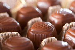Chocolates do close up fotografia de stock royalty free