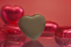Chocolates do coração do amor Foto de Stock Royalty Free