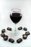 Chocolates e vinho Imagem de Stock Royalty Free