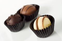 Chocolates hechos a mano individuales Imagen de archivo libre de regalías
