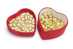 Chocolates na caixa de presente foto de stock royalty free