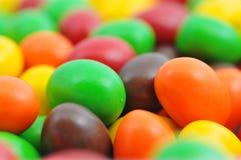 chocolats colorés Image libre de droits
