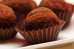 Chocolats de truffe Photographie stock libre de droits