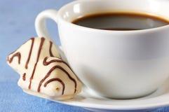 Chocolats et café blancs Images libres de droits